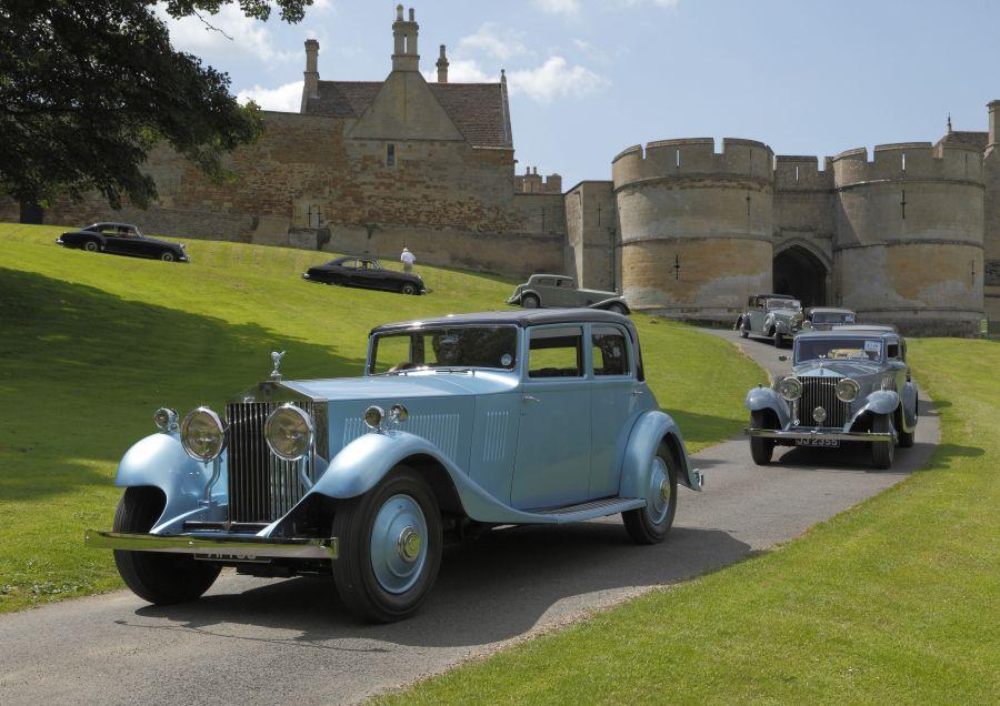 2013 - Derby Bentleys at Rockingham Castle