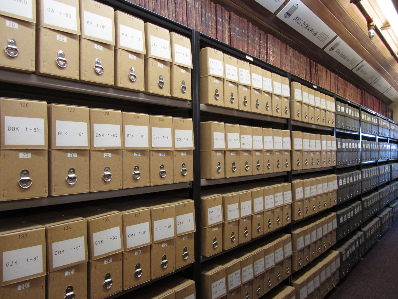 archives-boxes